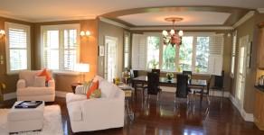 Living and dining room at Marias B&B Niagara on the Lake